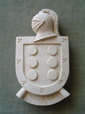 Escudo de simil piedra personalizados