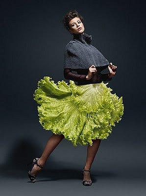 Wegetariańska moda - sukienka z sałaty