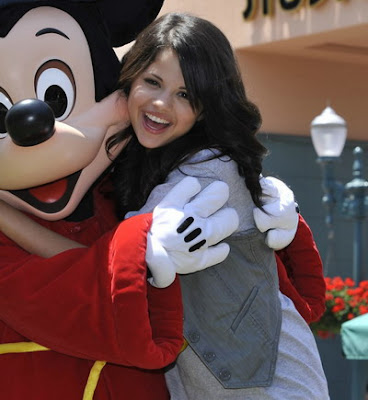 ~ Sophi photo album ~ Selena-gomez-mickey-mouse-08