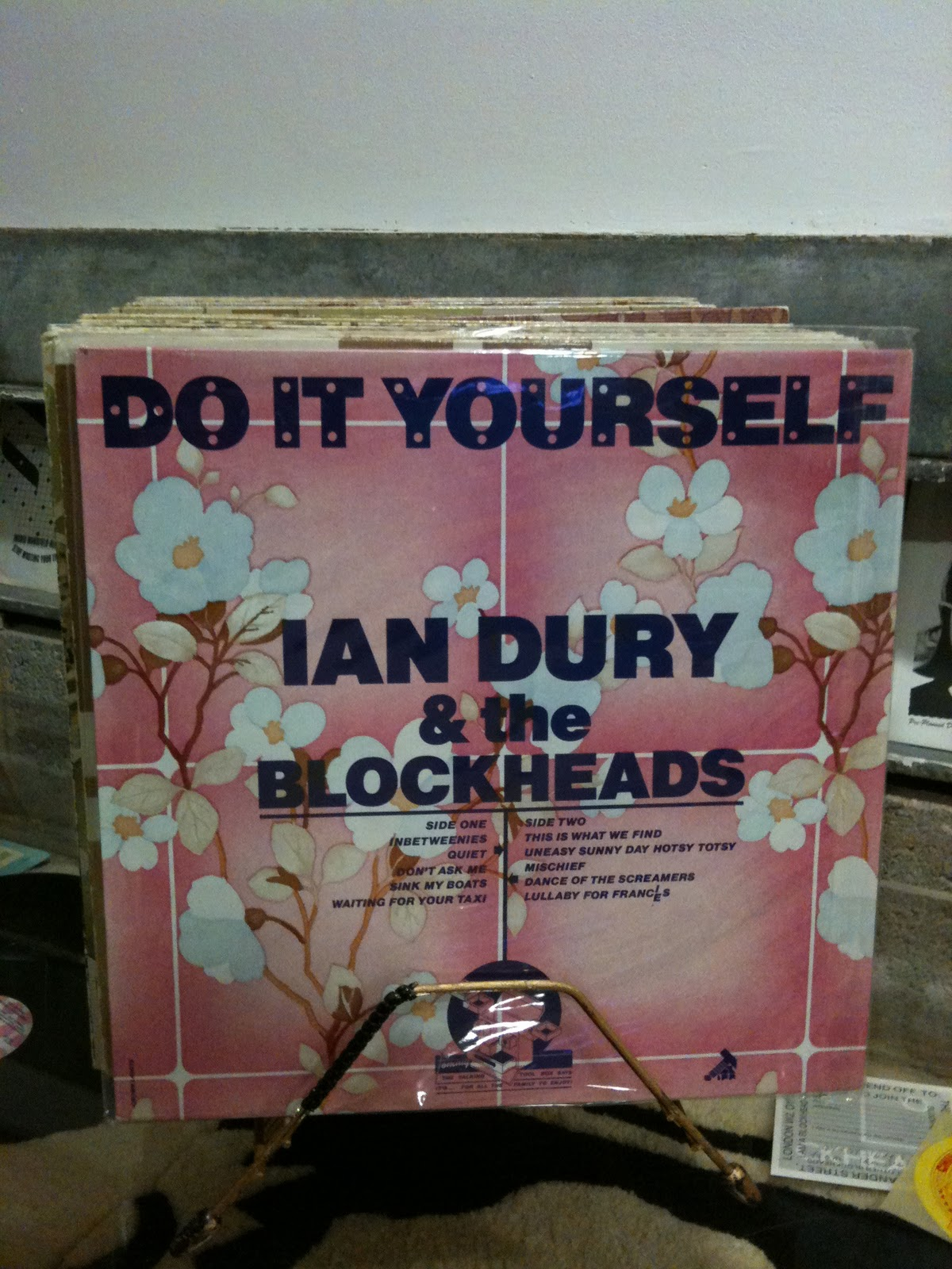 Blographic design barney bubbles designer at stiff records in the punk era he produced what are some of his most memorable covers in particular the ian dury album do it yourself solutioingenieria Image collections