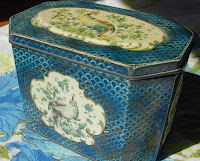 Vintage Huntley and Palmer Biscuit Tin