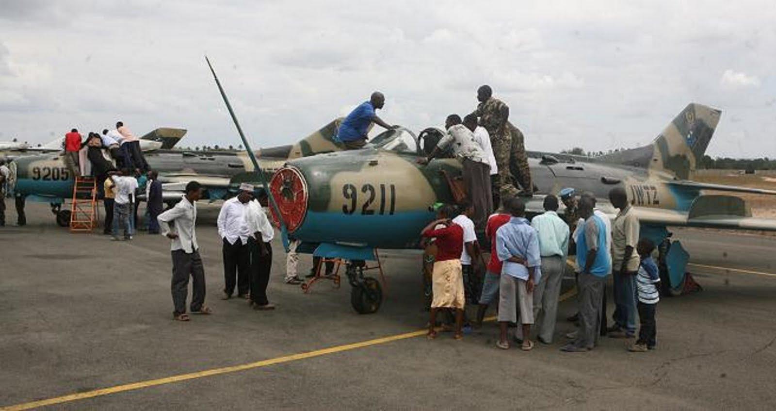 Armée tanzanienne / Tanzania Peoples' Defence Force ( TPDF ) F-6%2B9211%2BY%2B9205%2BTANZANOS%2B27-08-2009