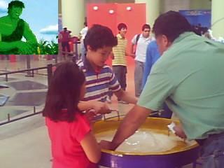 EN EL GOMEZ MORIN CON UN GRUPO DE NIÑOS DE EDUCACION AMBIENTAL