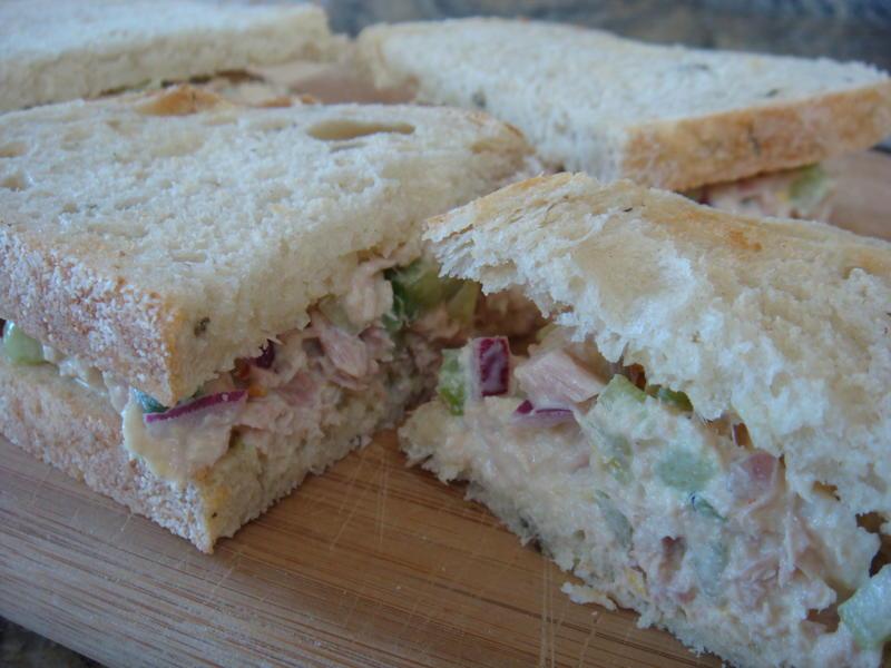 Savorychicks incredible tuna fish sandwich for Tuna fish sandwich