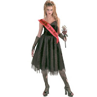 gothic prom queen