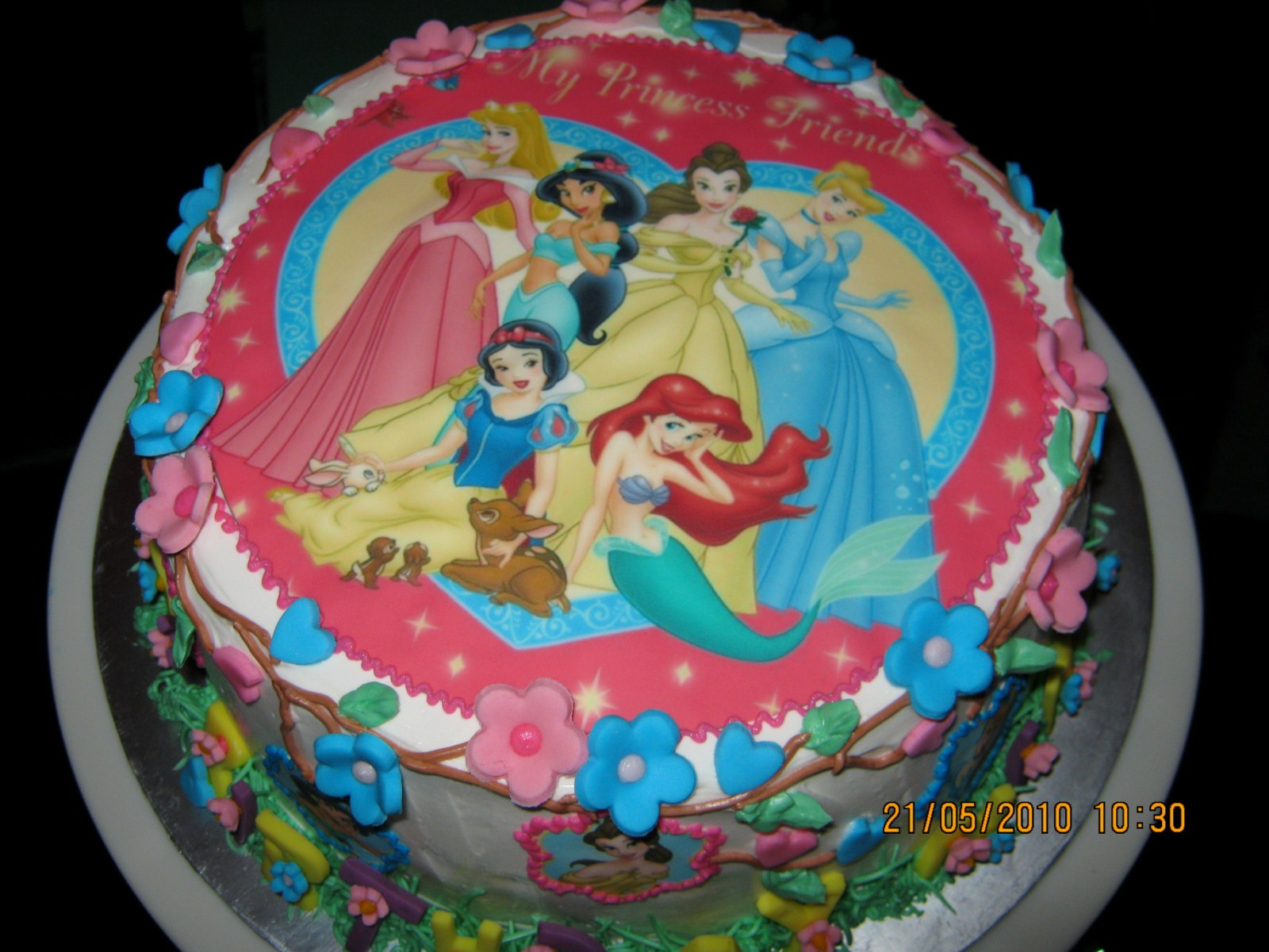Birthday Cake Pictures Of Princess : Sweet Bake: Birthday Cake - Princess Edible Image