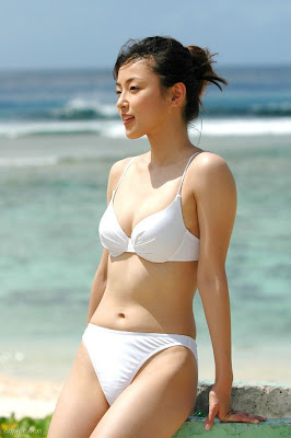 ayumi kintoshita white bikini%2Bjapan%2Bidol The neck of the webcam is