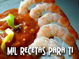 Mil recetas para ti c ctel de camarones con salsa de tomate for Coctel con zumo de tomate