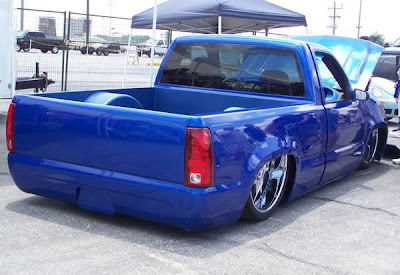 "How Much Are Chevy Tahoes ... Wild 2000 Chevy Silverado Tuckin 26"" Wheels with 07' Tahoe Front End"