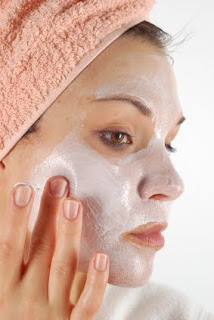 Mascheri il ringiovanimento di faccia senza operazione