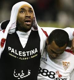 فريدريك كانوتي لاعب اشبيليه ينصر فلسطين