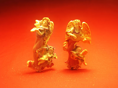 Christmas Angels Gold Statues