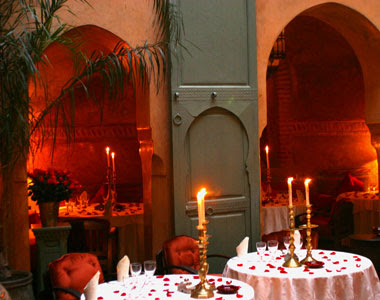 Romantic Candle Light Dinner on Valentine's Day