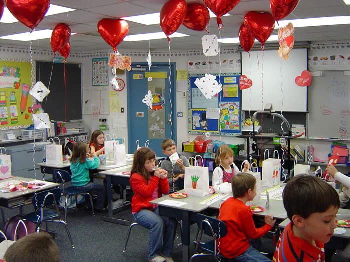 valentine's day party ideas for kids-valentine's day party games school