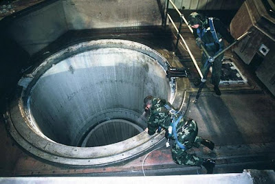 Inside A Nuclear Missile Silo Seen On www.coolpicturegallery.us