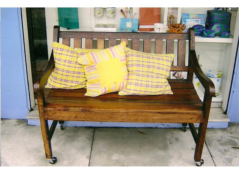 banco de jardim cavalo : banco de jardim cavalo: Móveis e Decorações: locação de móveis e objetos rústicos