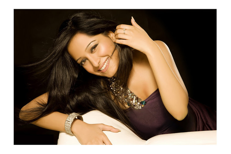 Preetika Rao 1 + South Indian Celebrities Indian Girls