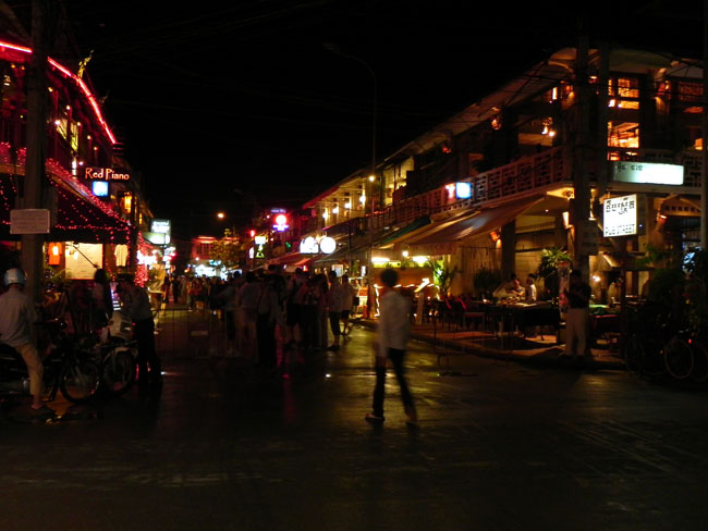 Night at Pub Streets, Siem Reap.
