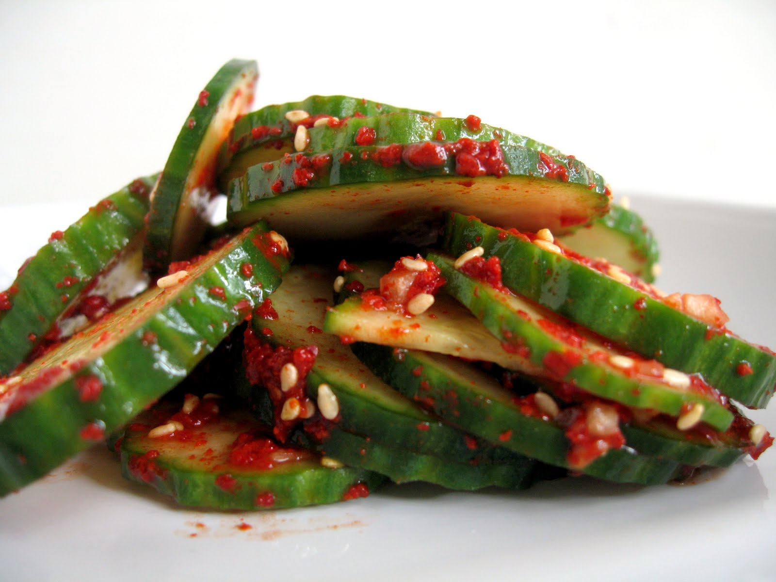 Spicy Korean Cucumber Salad 오이 무침 ( Oi muchim )