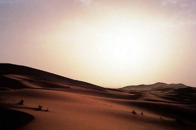 Maroc - Dunes de Merzouga aux portes du Sahara