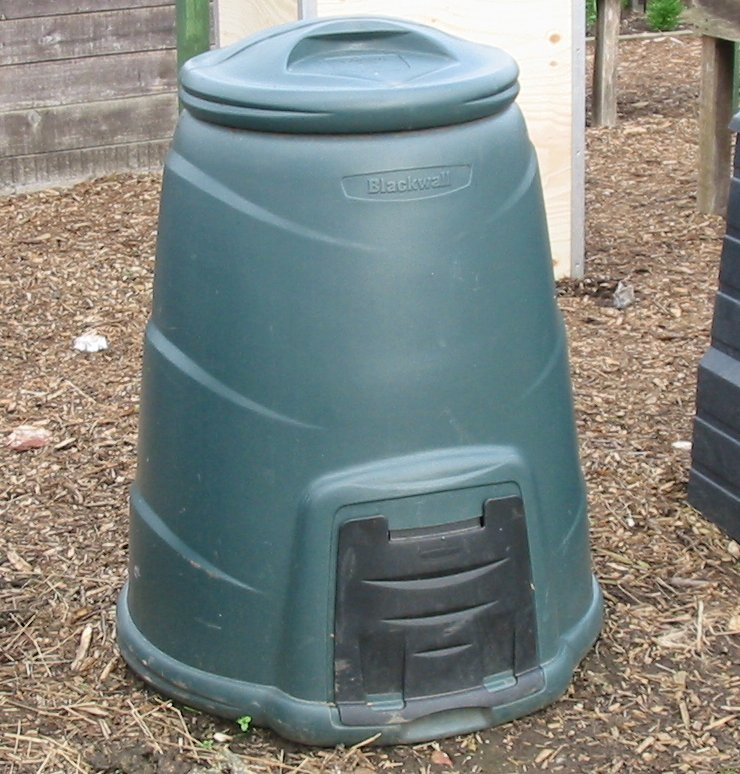 http://3.bp.blogspot.com/_2QEc6tDvSiE/S8S3NwYBR2I/AAAAAAAAADk/xEP28kTeoKM/s1600/Compost+Bin.jpg
