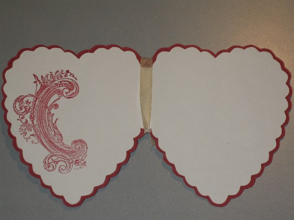 hab ich mal wieder 2 Herzkarten mit dem Prägeboard Open Hearts von ...
