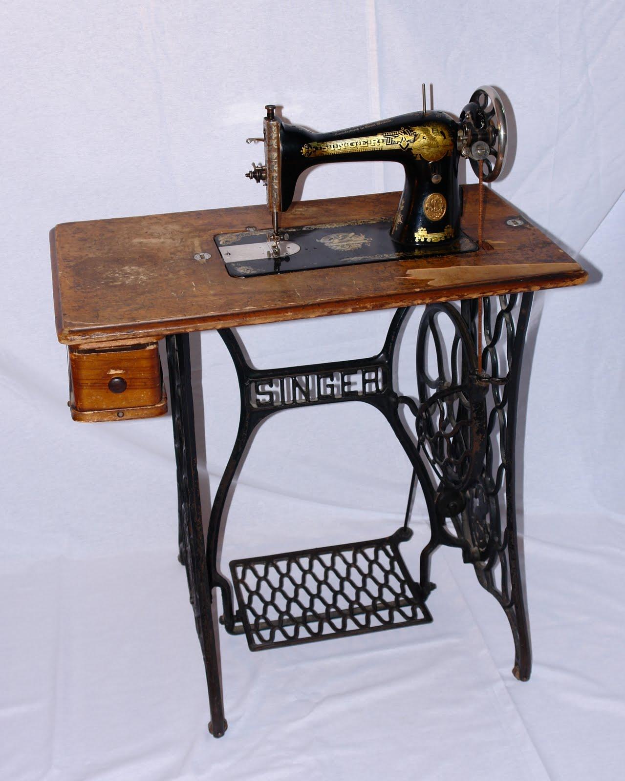 Noticias del museo de c ceres junio 2010 - Maquinas de coser restauradas ...