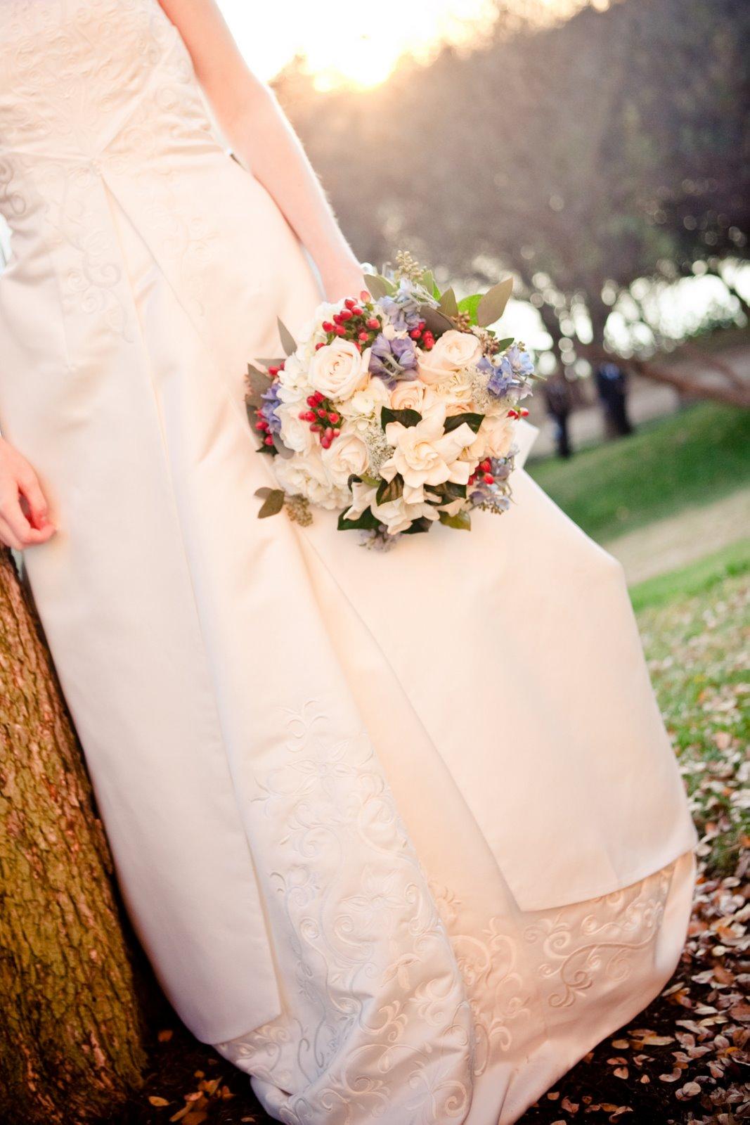 Bouquets of austin winter wedding flowers winter wedding flowers izmirmasajfo