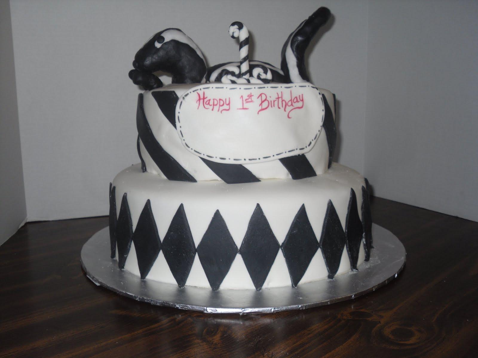 cakes by delilah  skunks