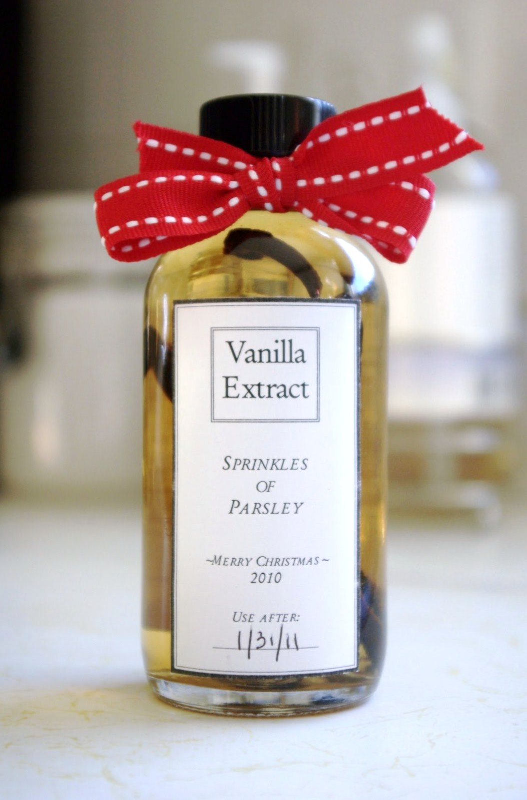 Sprinkles of Parsley: Homemade Vanilla Extract