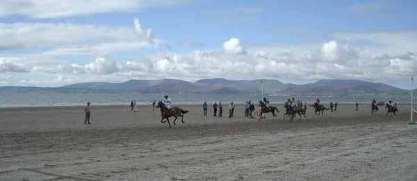 Hei sin d'Glenbeigh Races um Rossbeigh beach