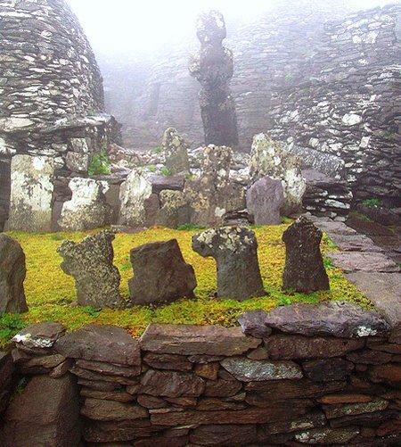 Den vier-monastic site uewen op den Skelligs