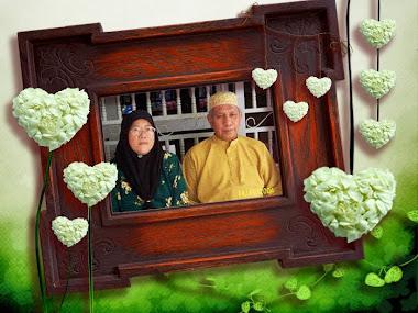 Allahyarhamah Ibu dan Ayah Tercinta