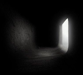 http://3.bp.blogspot.com/_2UWTr1xqp1Q/TCqDI43ni0I/AAAAAAAAADo/EZGsPNiWLg8/s400/20060803071645-oscuridad.jpg