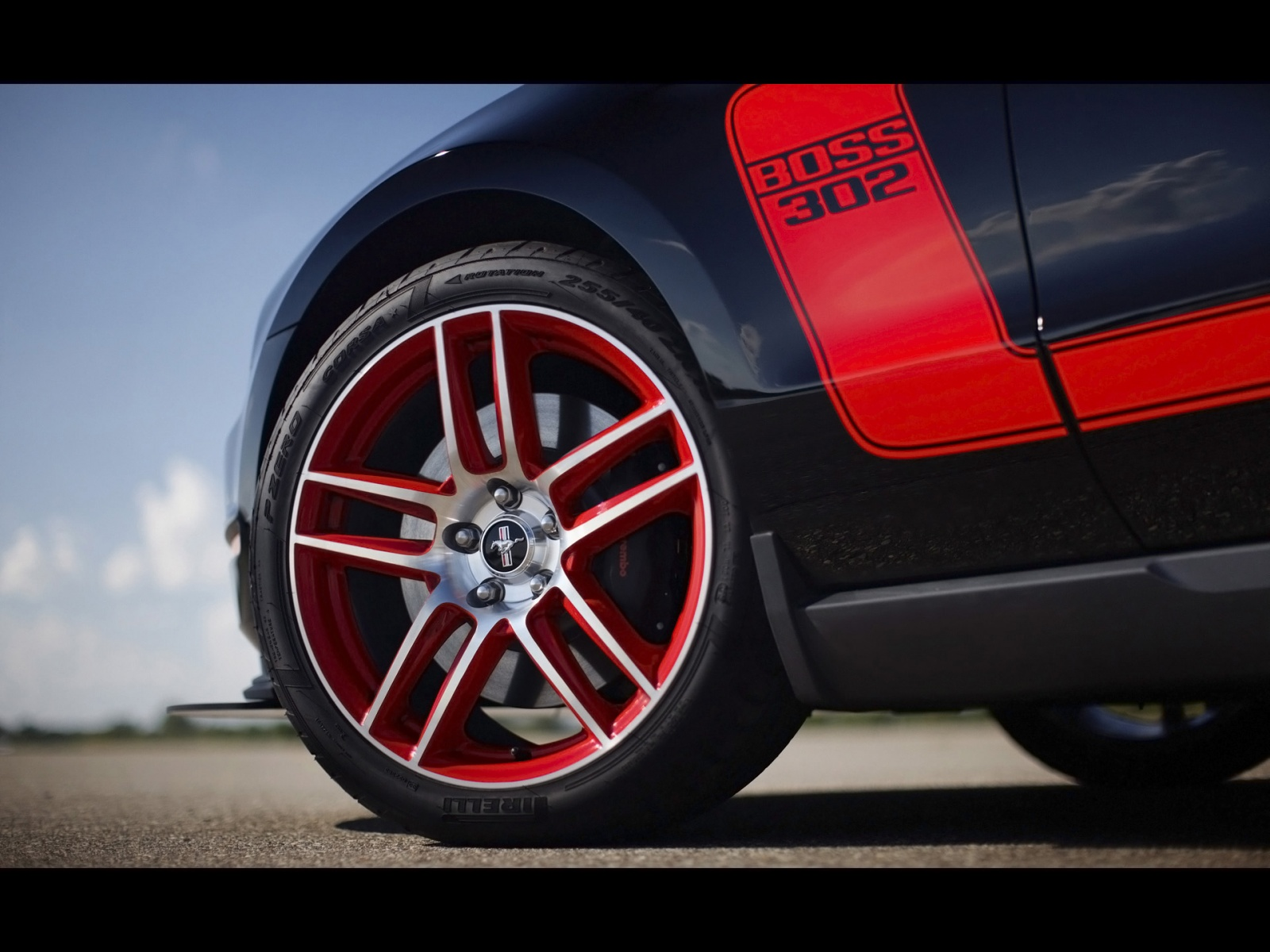 Ford Mustang Boss 302 Front Wheel 1600x1200 HD Wallpaper