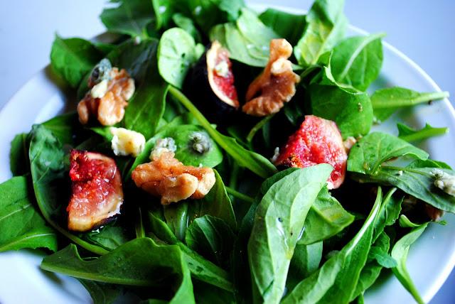 Arugula Salad with Fresh Figs l SimplyScratch.com