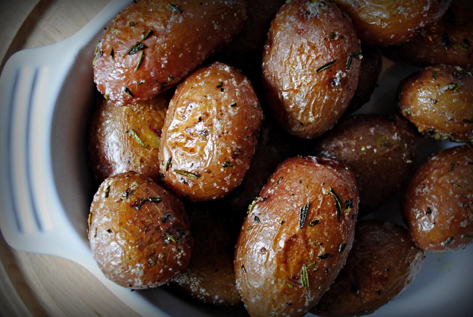 Картофель духовке целиком рецепт с фото