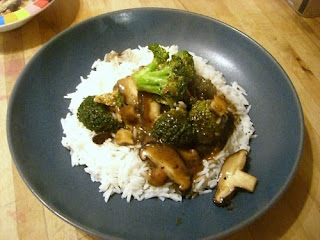 broccoli & mixed mushrooms in black bean sauce