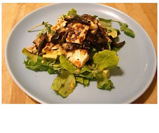warm mushroom & haloumi salad with red wine vinagrette