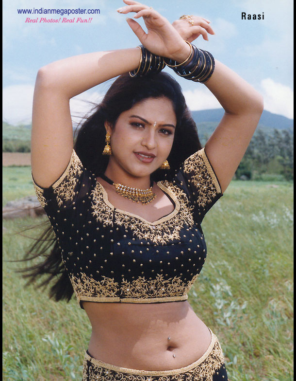 Raasi+Mantra+Hot Raasi hot images - mantra navel showing ~ South