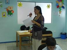 Tía Viviana Peña, nuestra psicopedagoga...