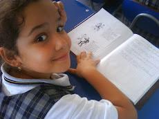 Alumnos disfrutando de las clases de música.-