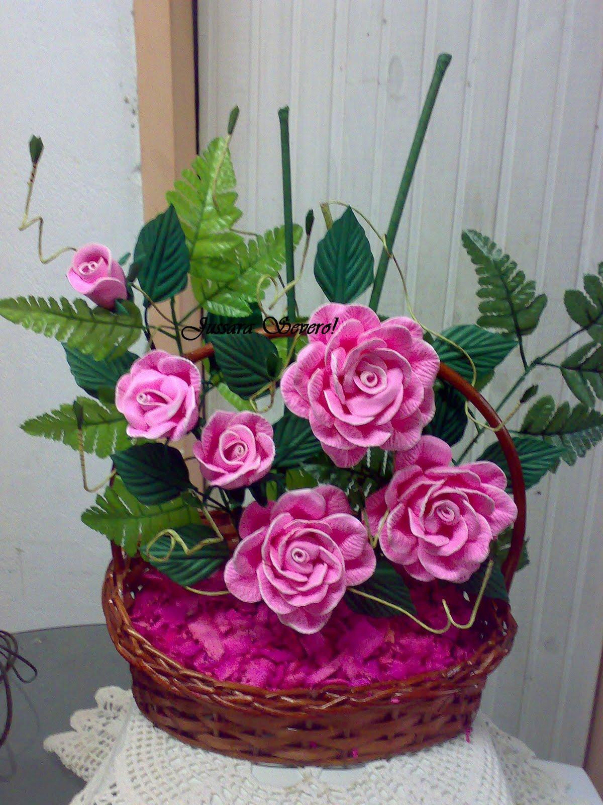 Mais Um Arranjo De Rosas Feito Pela Jussara   Visitem O Blog Dela  Ela