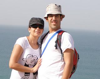 אשתי היקרה ואני
