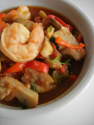 This is a family recipe that I wanted to post here for a long time Shrimp Stew (Karides Güveç)
