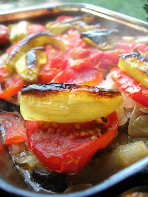 Eggplant-Meatball Casserole (Fırında Köfteli Patlıcan)