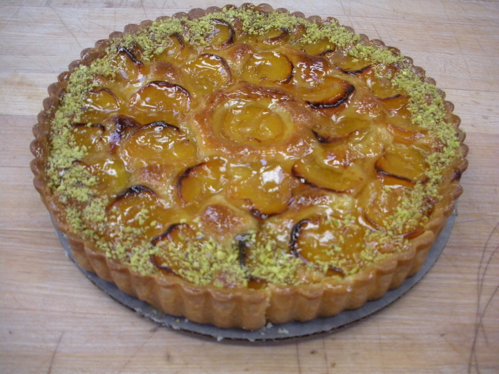 Apricot Tart- apricots with almond cream in a sweet dough shell and ...