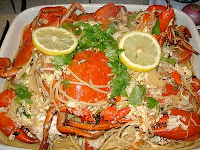 CRABS WITH PASTA