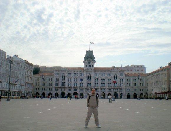 piazzaUnita