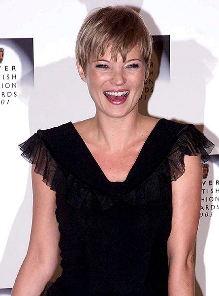 View Short Formal Hairstyles for women with your uploaded photo or a model.